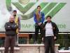 premiazioni-campionato-regionale-settore-giovanile-2011-30-10-11-concaverde-f-o-esordienti-da-sx-nicholas-la-ferla-stefano-poli